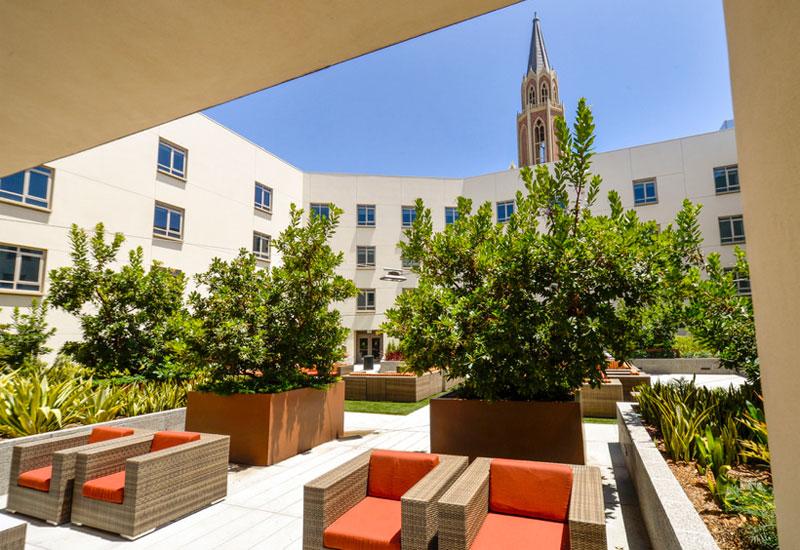 USC 大学村