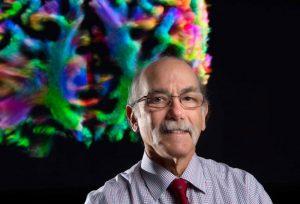 南加州大学顶尖脑科学家尝试攻克阿尔茨海默病