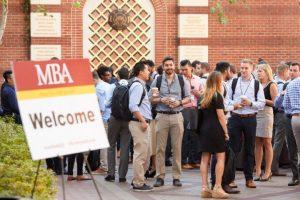 南加州大学Marshall商学院成为首个MBA课程男女比例相仿的一流商学