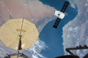 南加州大学药学院与NASA共同追踪太空中的真菌对宇航员的影响